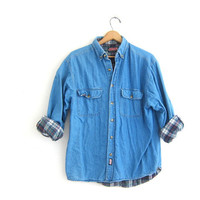 Vintage oversized denim shirt. Denim work shirt. Lined jean shirt. mens M