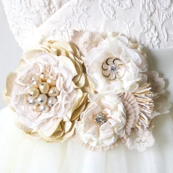 Floral Sash ~ Antique White Blossoms