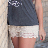 Cream Scalloped Lace Shorts