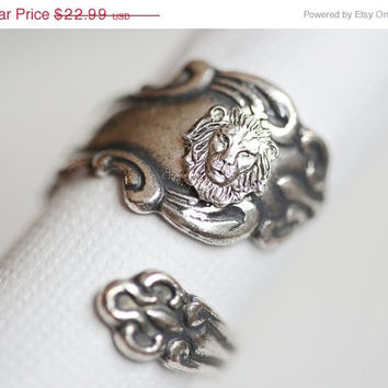 ON SALE Antique Spoon Ring, Silver Lion Ring, Silver Spoon Ring,Antique Ring,Silver Ring,Wrapped,Adjustable,B­ridesmaid.