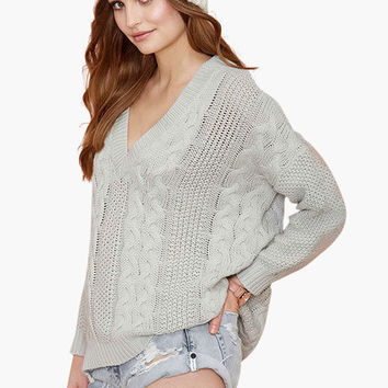 Light Gray Twisted Pattern V-Neck Knitted Sweatshirt