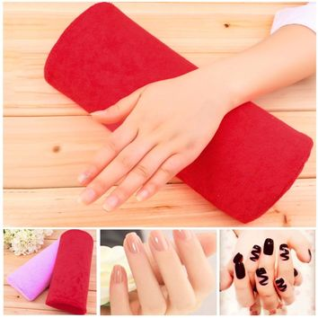 2017 SOFT Cotton Cloth Nail Art Hand Holder Cushion Pillow Nail Arm Towel Rest Nail Art Manicure Makeup Cosmetic Tools