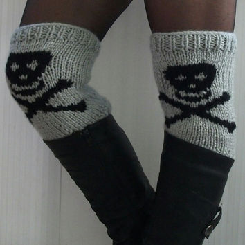 Legwarmers boot cuffs knit skull desing women accessories