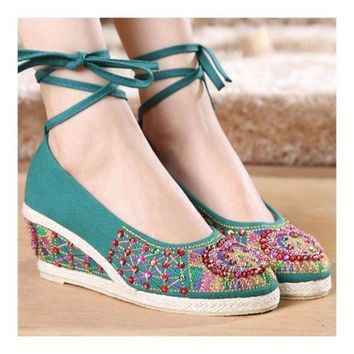 Old Beijing Cloth Embroidered Shoes Beads   green