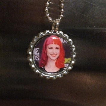 Hayley Williams Paramore face bottlecap necklace