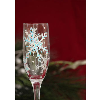 Snowflake Champagne Flute / Hand Painted Champagne Glass / Winter Wedding Toasting Flutes