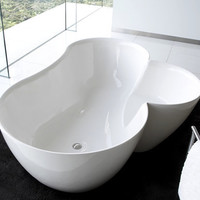 PicoCool - This Bathtub is a Slice of Heaven