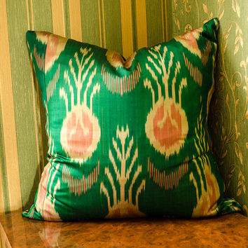 20 x 20 ikat pillow cover, green pink and cream cushion cover, ikat pillows, 20x20 pillows, home pillows, interior pillows, cushion, uzbek