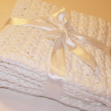 Handmade Bath Rug and Soap Saver Sack Gift Set, Eco- friendly Crocheted Spa Collection Bathroom Gift Set in Natural Fiber- Cotton Yarn