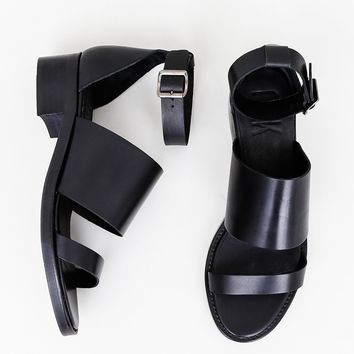 Tin Sandal in Black