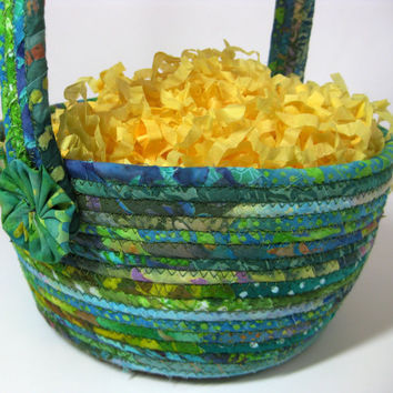 Easter Basket Scrappy Green Clothesline Rope Bowl Hand Coiled Quilted
