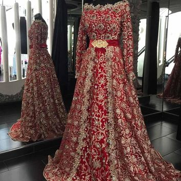 Crystal Beaded Moroccan Kaftan Champagne Lace and Red Hijab Muslim Evening Dress Long Sleeves Formal Evening Gown