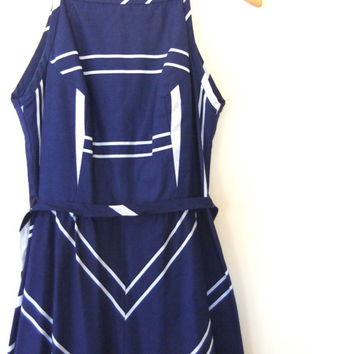 vintage Navy & White Nautical Maxi Dress // Chevron Pattern Full Length Tie Waist // Colorblock Summer Dress