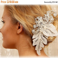 Bridal hair flower, Bridal headpiece, pearl crystal hair pin, Bridal Hair pin, Wedding accessory, wedding hair pin