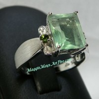 Fluorite 5 carat Gemstone Jewelry Ring, Green Fluorite Cocktail Ring