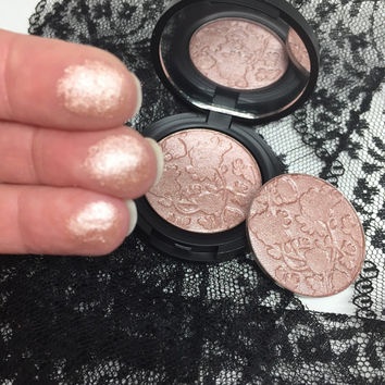 The Naked Rose Pressed Highlighter Face & Eye Highlight Powder