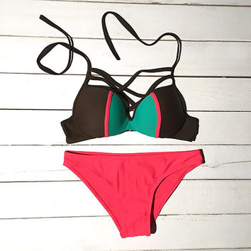 Cupshe Made the Contrast Color Bikini Set
