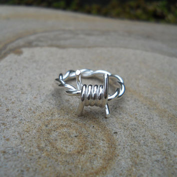 Chunkier silver barbed wire ring