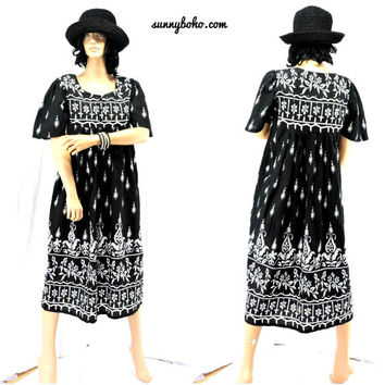 80s tunic dress S M boho Indie cotton tunic tent dress black / white 1980s loose fit kaftan muumuu dress SunnyBohoVintage
