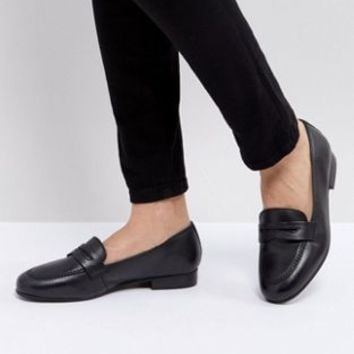 ASOS MANHATTEN Leather Loafers at asos.com