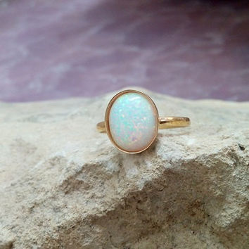 SALE!White opal ring,oval opal,delicate ring,gold ring,gemstone ring,bezel setting,opal jewelry,wedding ring