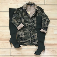 3/4 Sleeve Distressed Camo Button up Jacket