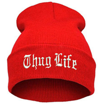 THUG LIFE Letter Embroidered Unisex Beanie Fashion 2pac Hip Hop Mens & Womens Knitted Red & White Tupac Cuffed Skully Hat