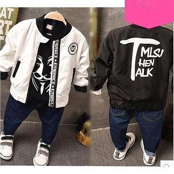 Child outerwear 2017 spring girl and boy letter fashion zipper-up jacket kids cool coat two colors
