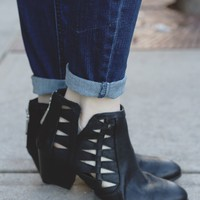 Cutting Edge Booties - Black