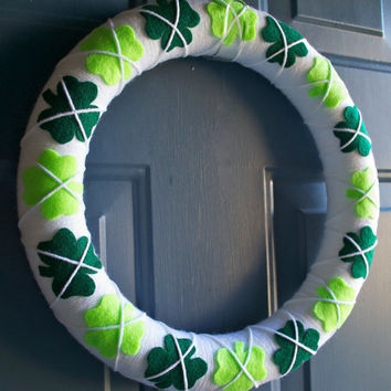 READY TO SHIP St. Patrick's Day Yarn and Felt Shamrock 14 inch Wreath