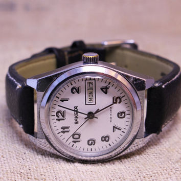Vintage Raketa day-date mens watch russian watch ussr ccp soviet watch