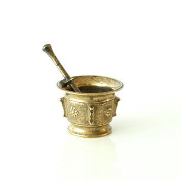 BRONZE MORTAR & PESTLE, Antique, Brass Apothecary Vessel, Pill, Drug or Medicine Grinder, Crusher, Possibly Italian or Spanish