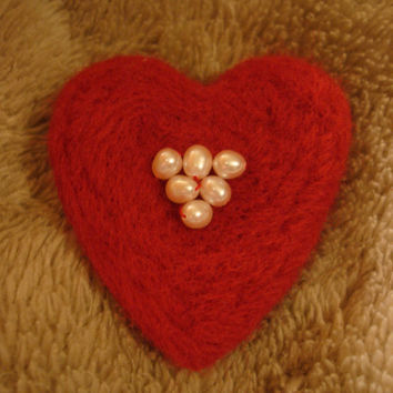 Needle Felted Wool Heart Brooch Pin with Pearls Red