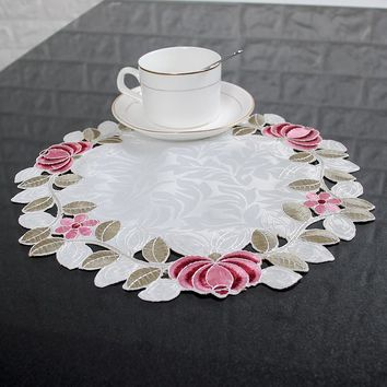yazi 4PCS Embroidered Floral Cutwork Table Placemats Fabric Round Table Doily Cover Mats Wedding Party Dining Decoration