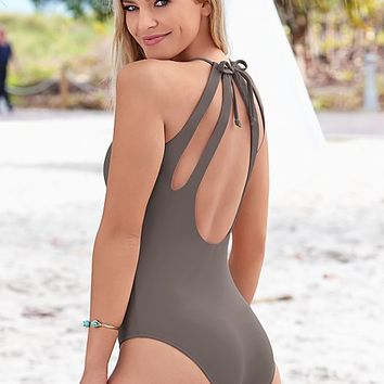 SULTRY STONE Triple dip one piece from VENUS