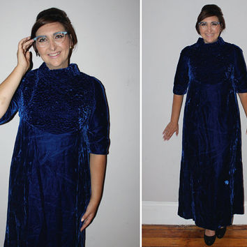 Vintage 70s CRUSHED VELVET Maxi Dress / Cobalt Blue / Textured, Bows / HOLIDAY, Evening, Cocktail Dress / Med-Large