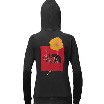 WOMEN'S PETAL RED BOX PULLOVER HOODIE | United States