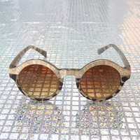 Round Frame Sunglasses in Grey Giraffe and Gold
