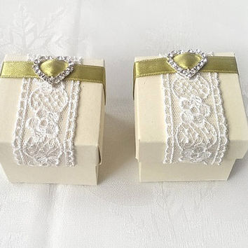 ivory and olive green favor box, wedding, bridal shower, baby shower, anniversary party gift box set of 10