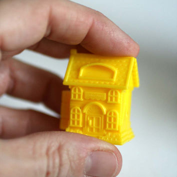 Miniature Doll House Trinket Box, Tiny Doll House, Miniature Toy House, Doll House Scale.
