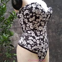 Women Black Corset With White Floral Bustier Pattern Strapless Lace Up Back Boned Overbust
