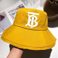 Burberry Fashion New Letter Print Women Men Travel Cap Sunscreen Leisure Fisherman's Hat Orange Yellow