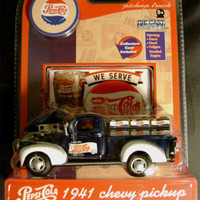 Pepsi Cola 1941 Chevy Pickup Delivery Truck Die Cast GearBox Toy Collector Card