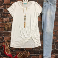 Knotted Top: White