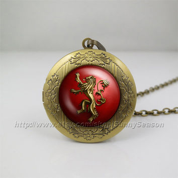 Game of thrones Locket necklace,Game of thrones house Lannister crest Photo locket necklace,a song of ice and fire photo locket