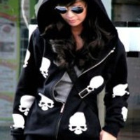 Black Skull Printed Zippered Hoodie