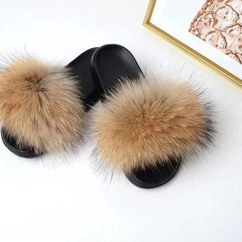 CREYON8C Raccoon Fur Sandals Furry Flip Flips Women Fashion Slippers Sandals Brown genuine real fluffy Pompoms Women Shoes