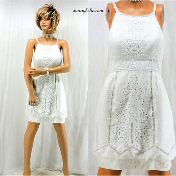 White lace dress / size 7 / 8 /  white cotton summer dress / embroidered white lace dress / 90s  designer Sue Wong /