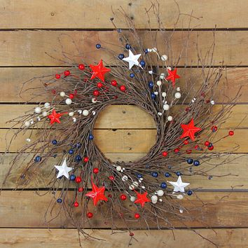 Pipberry  Berry and Star Twig Spring Floral Wreath  Red and White 24-Inch