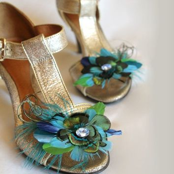 MADE TO ORDER feather vintage rhinestone shoe clips by prettied